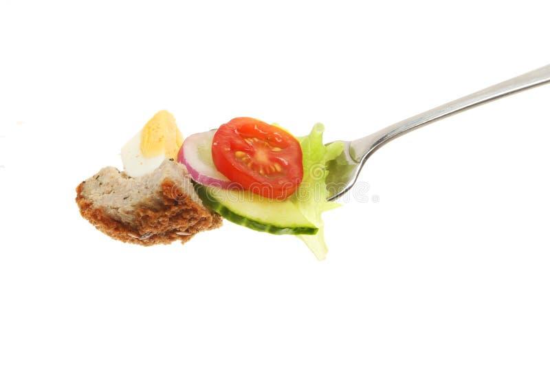 Oeuf écossais et salade photos stock