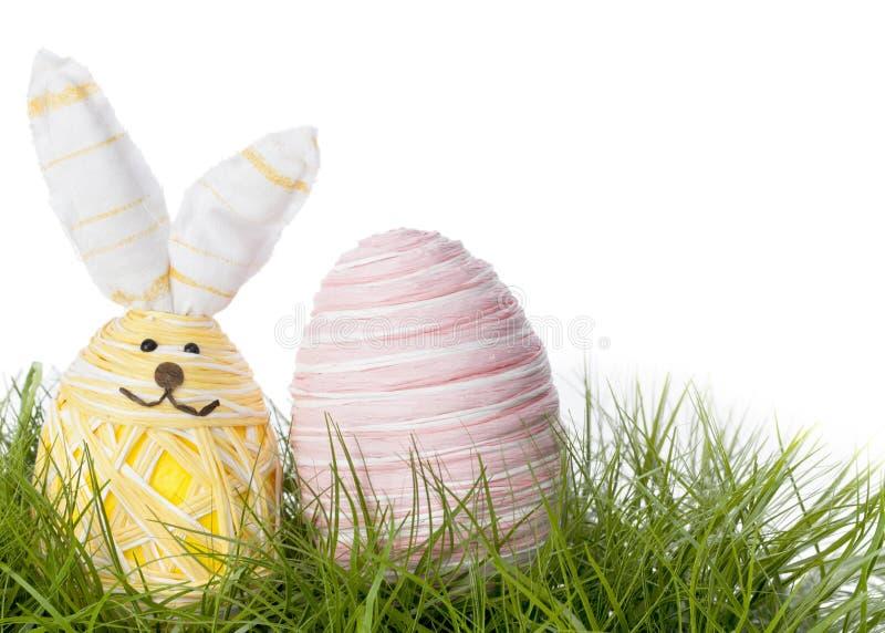 Oeuf heureux de lapin de Pâques photo stock