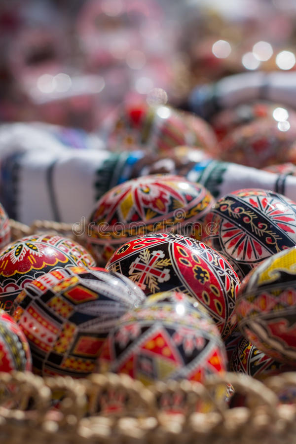 Oeufs de pâques Handcrafted images stock