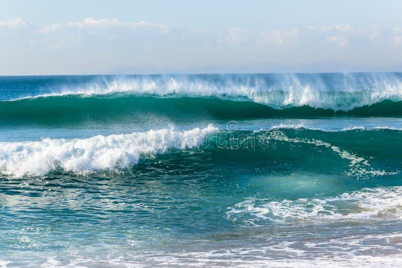 Oever van strand de Oceaangolven royalty-vrije stock foto