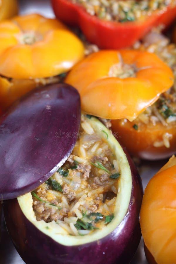 Ofenfertiges angefülltes Gemüse lizenzfreie stockfotografie