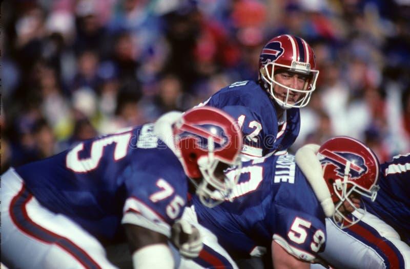 Ofensa dos Buffalo Bills, conduzida por Jim Kelly fotos de stock royalty free