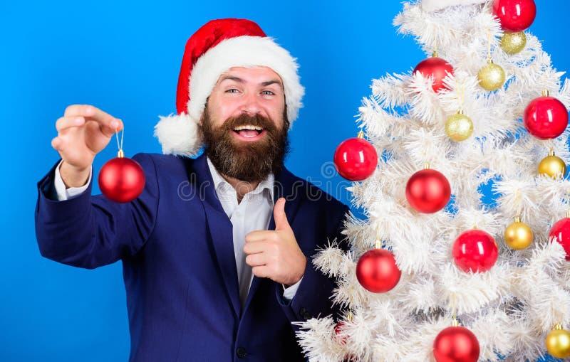 Oferta del hombre de negocios usted se une a la preparación de la Navidad Oferta especial de la Navidad Inconformista barbudo del imagenes de archivo