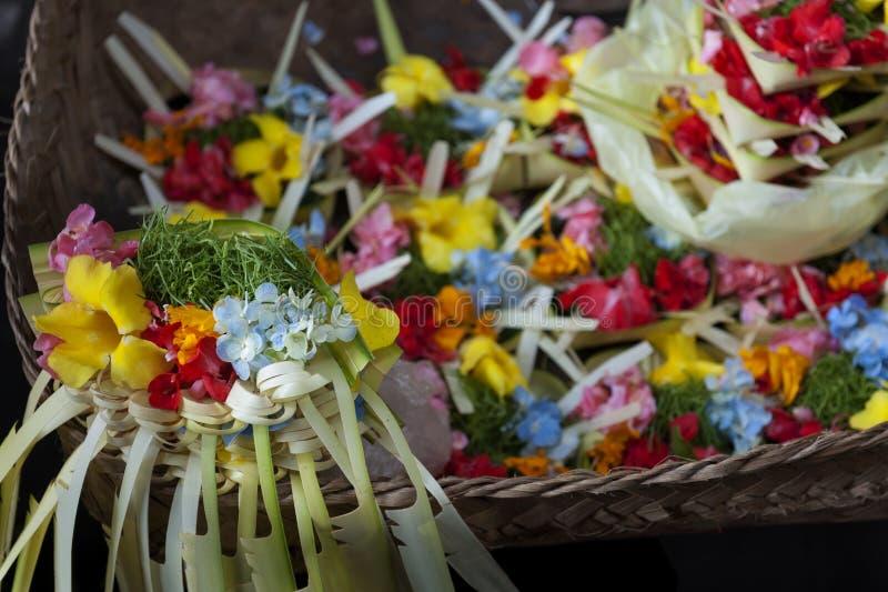 Ofertas coloridas do hindu do Balinese imagem de stock