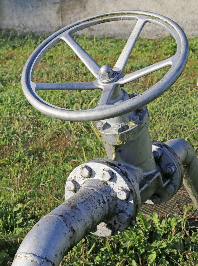 On-off βαλβίδα για το κλείσιμο των καυσίμων ή του αερίου στοκ εικόνα με δικαίωμα ελεύθερης χρήσης
