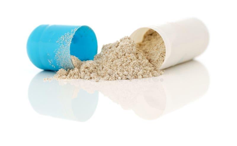 Offene Gelatinekapsel-Lebensmittelergänzung lizenzfreies stockfoto