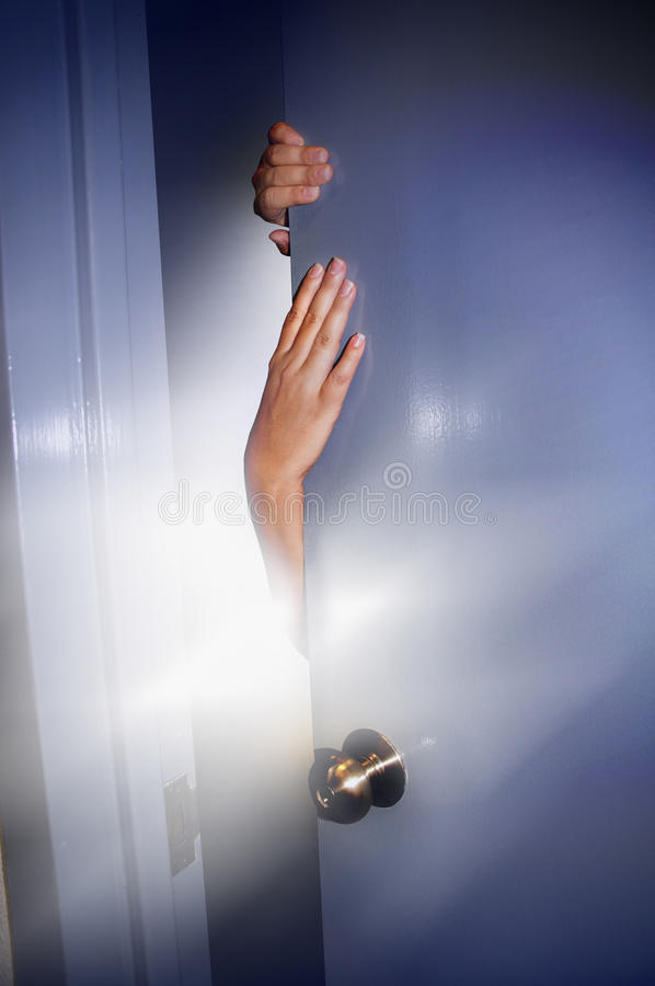 Offene Tür lizenzfreies stockfoto