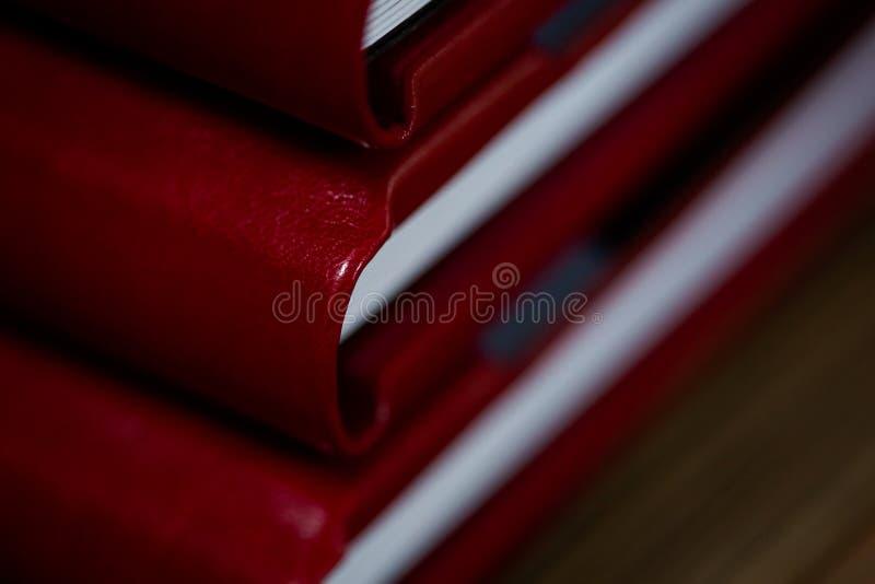Offenes Buch - Fotoalbumnähe stockbilder