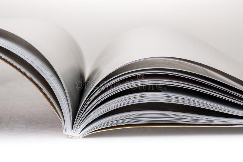 Offenes Buch oder Zeitschrift stockbilder