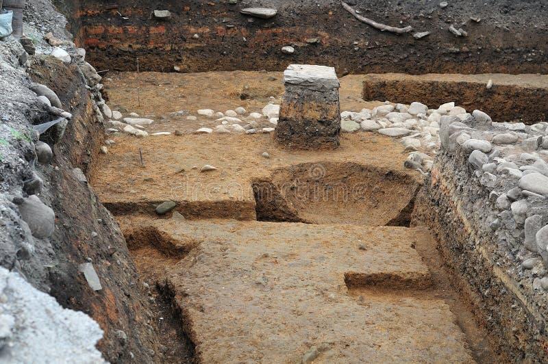 Offentlig arkeologisk utgrävning i Kempten, Tyskland royaltyfria bilder