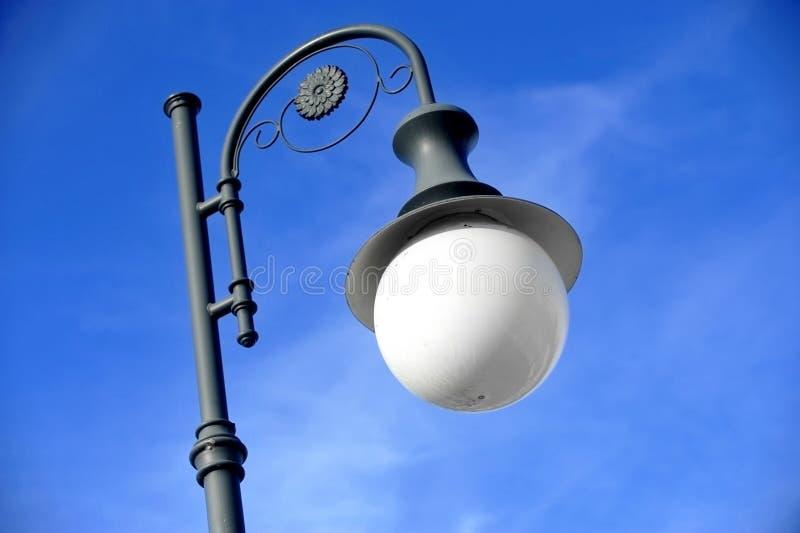 Offentlig belysningpol för tappning royaltyfri fotografi