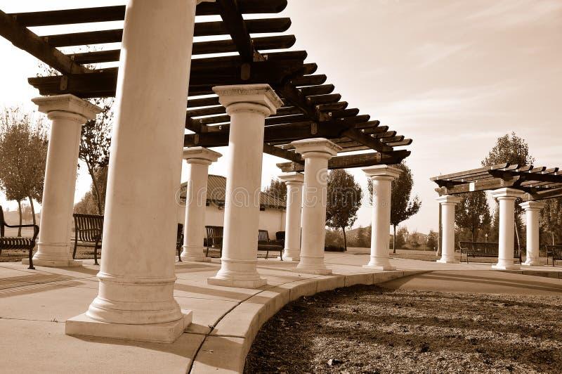 offentlig kupaspaljé för park royaltyfri fotografi