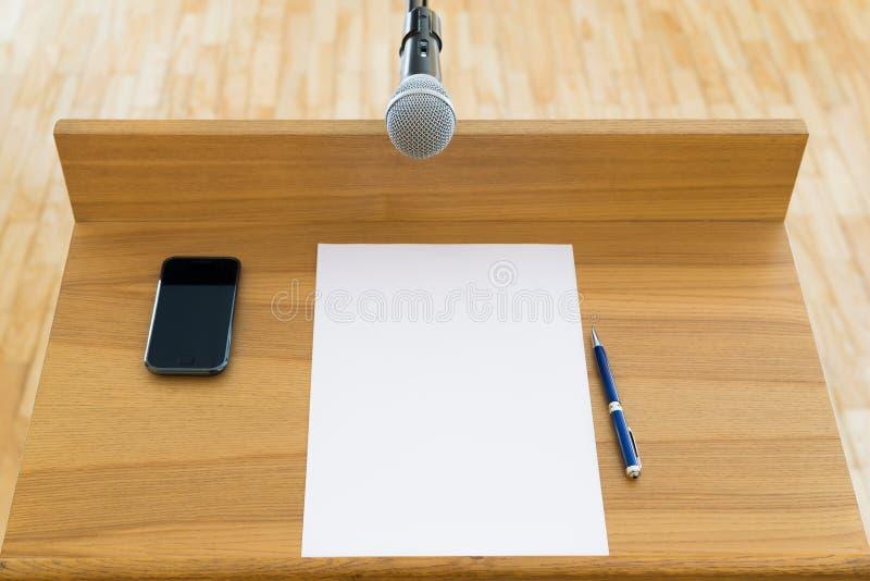 Offentligt anförande, talarkonst arkivbilder