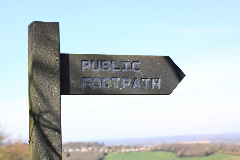 offentligt tecken för vandringsled arkivfoto