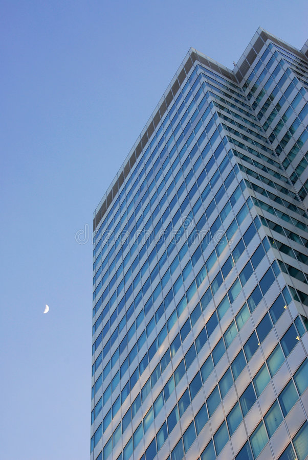 Free Office Building And The Moon Royalty Free Stock Image - 4867396