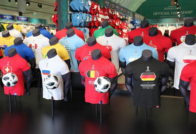 Officiële de Ventilatorwinkel van FIFA 2018 op Musheuvels, Moskou stock fotografie