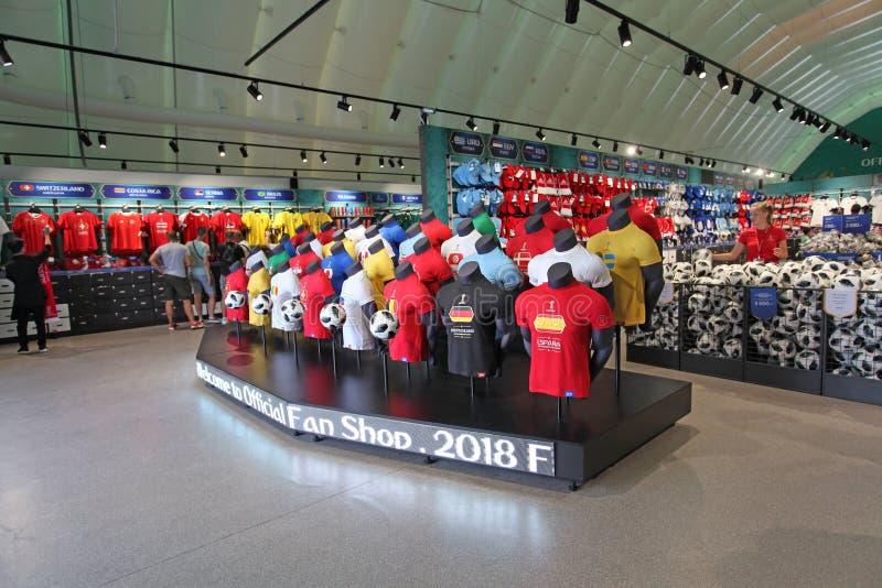 Officiële de Ventilatorwinkel van FIFA 2018 op Musheuvels, Moskou stock afbeeldingen