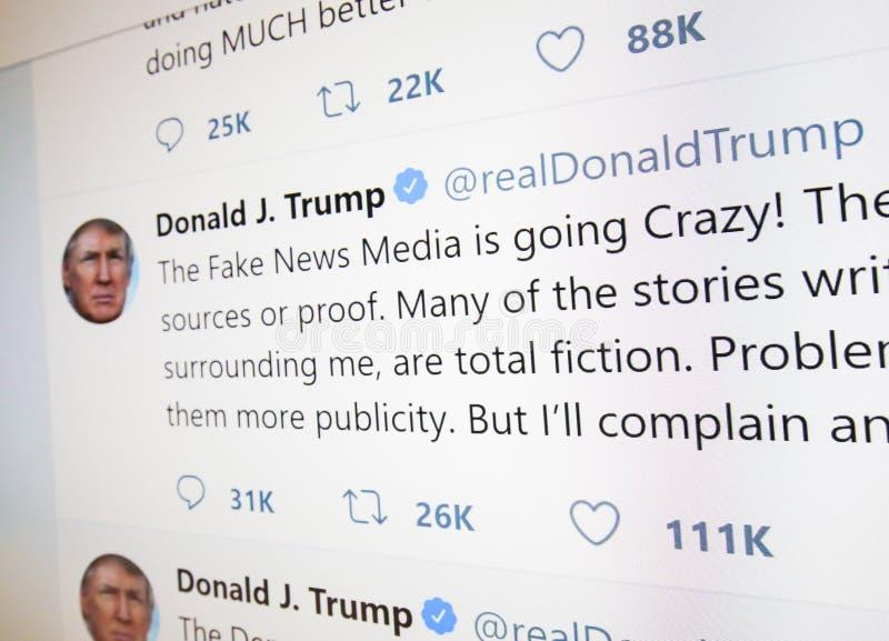 Officiell Twitter sida av Donald J trumf arkivbilder