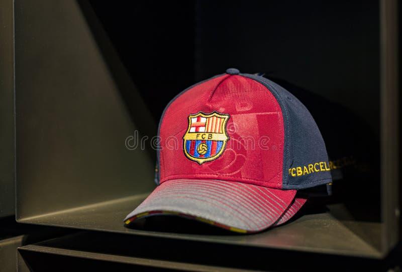 Officiellt lagerFC Barcelona, kl?der och skodonlag av souvenir och utrustning f?r fans av laget och bes?karna av set royaltyfri foto