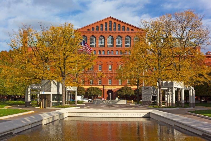 Officiers de police commémoratifs et musée de construction dans le Washington DC, Etats-Unis photographie stock