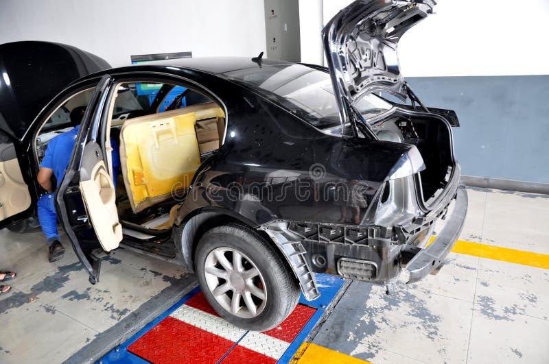 Officina riparazioni dell'automobile fotografia stock