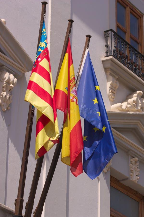 Offizielle Flaggen in der Valencian Gemeinschaft in Spanien lizenzfreie stockfotos