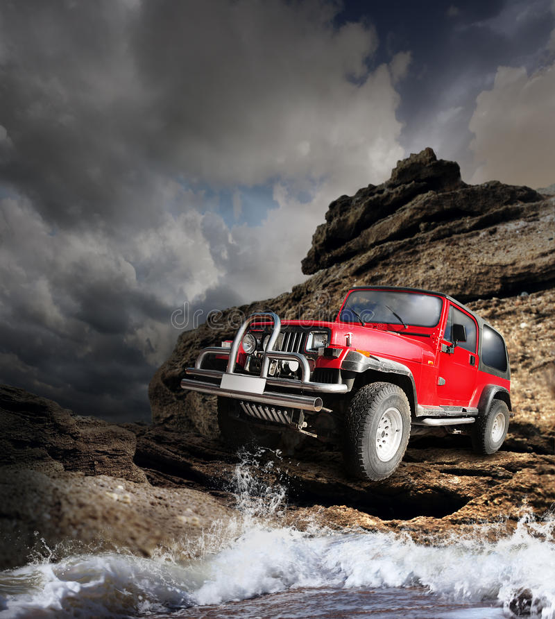 Free Offroad Vehicle On The Mountain Terrain Royalty Free Stock Images - 28961269