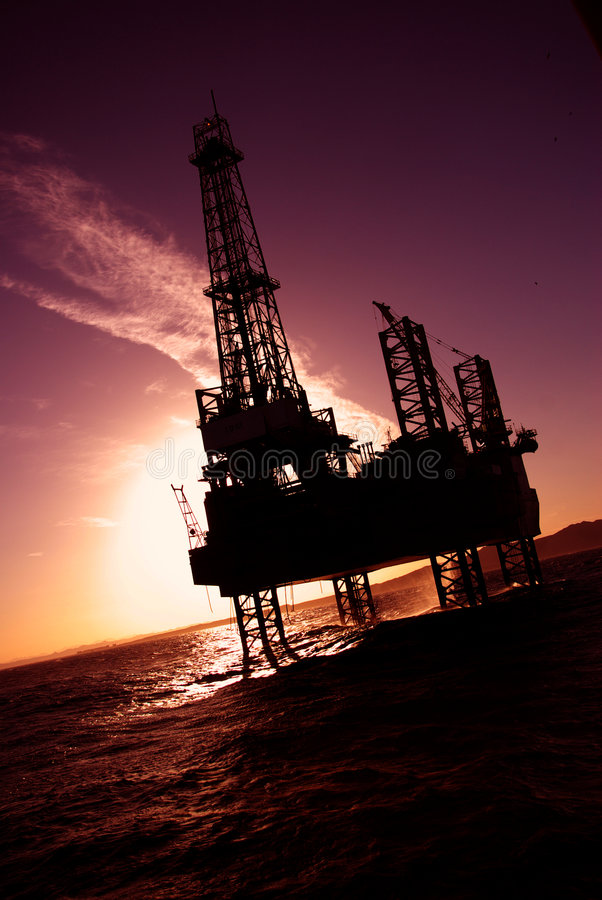 Download Offshore stock image. Image of industries, diver, silhouette - 7037227