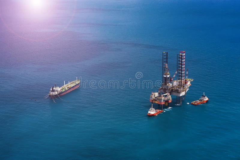 Offshore oil rig drilling platform. / in the gulf of Thailand stock images