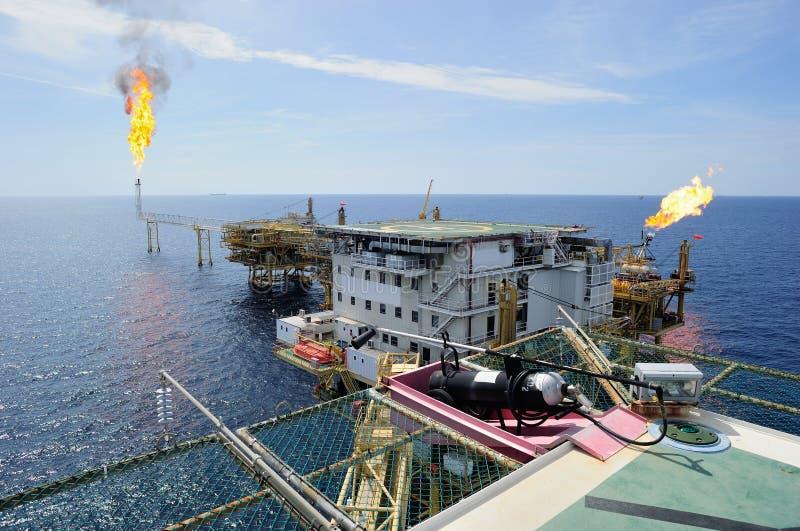 Offshoregasplattform lizenzfreies stockbild
