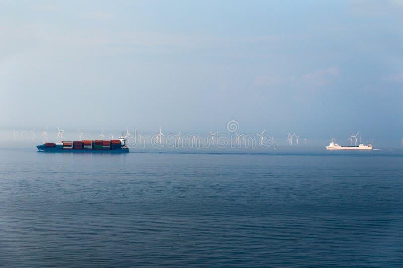 Offshorewind-Bauernhof lizenzfreies stockbild
