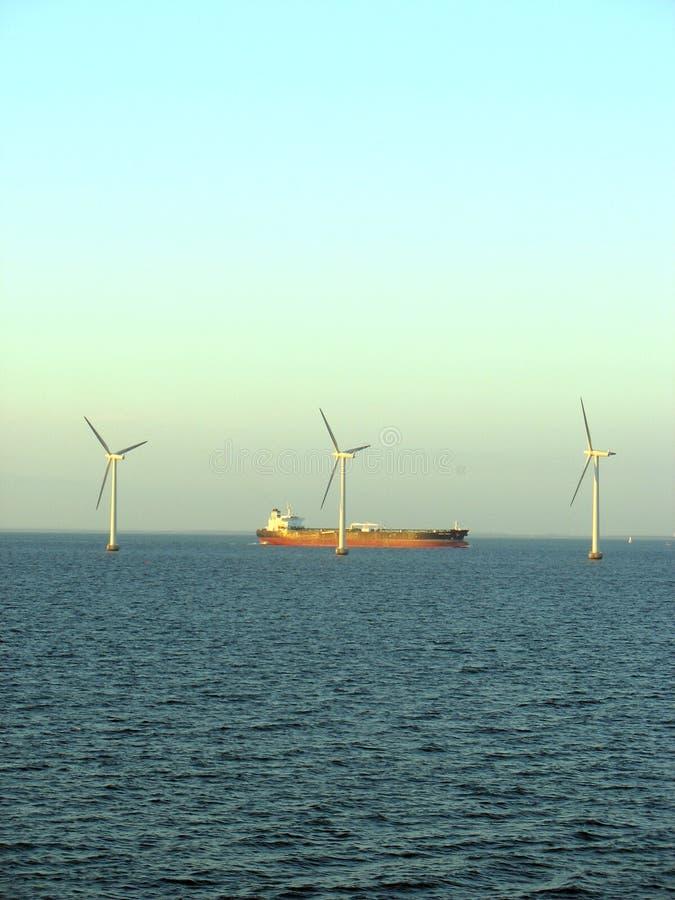 Offshorewindfarm 4 lizenzfreie stockfotos