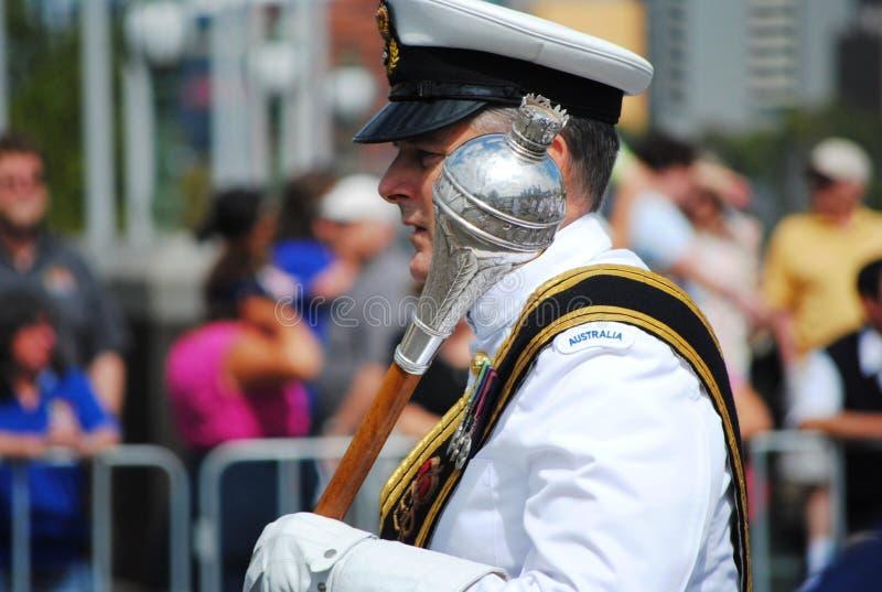 Oficial australiano de la marina en el desfile del día de Australia imágenes de archivo libres de regalías