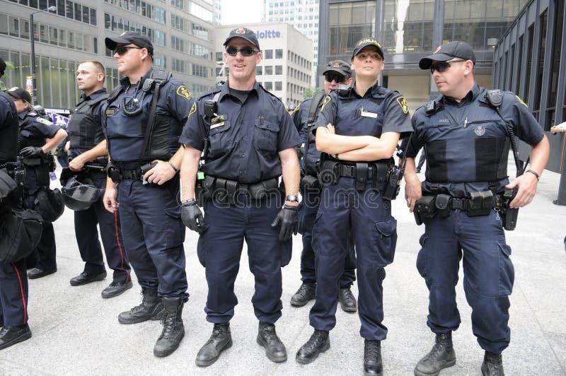Oficiales de policía de Toronto. fotografía de archivo