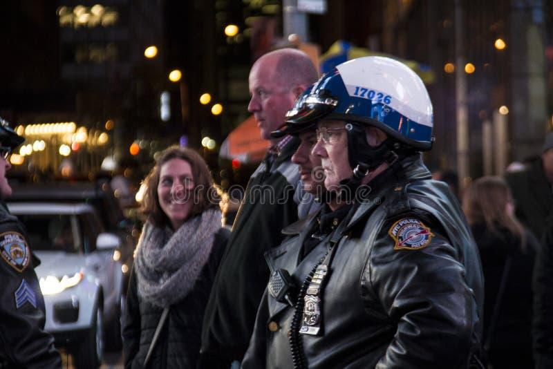 Oficiales de policía en Nueva York fotografía de archivo libre de regalías