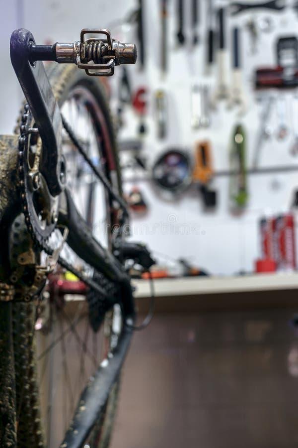 Oficina da bicicleta fotografia de stock royalty free