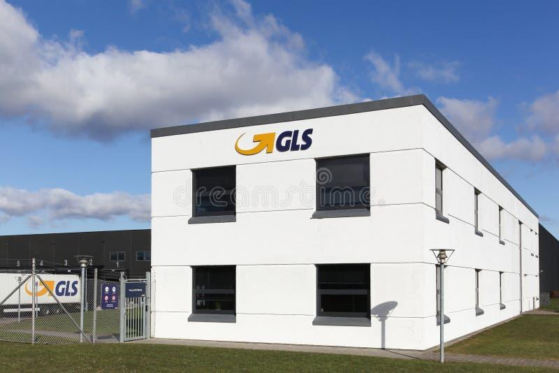 Oficina de GLS y centro logístico fotos de archivo