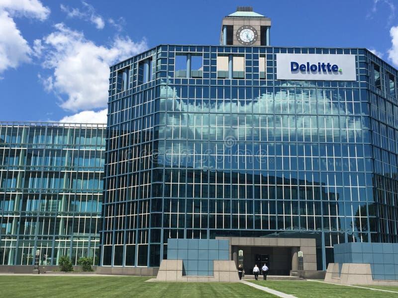 Oficina en Stamford, Connecticut de Deloitte imagen de archivo