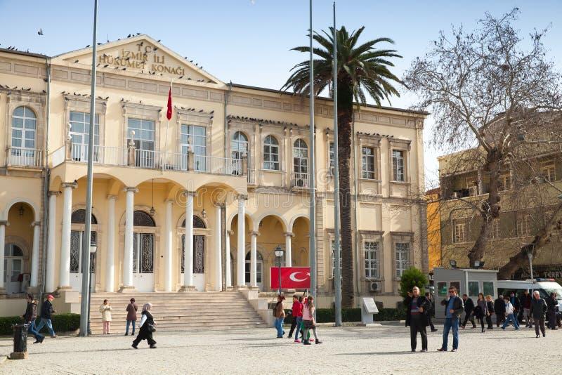 Oficina gubernamental de Esmirna, cuadrado de Konak, Turquía imágenes de archivo libres de regalías