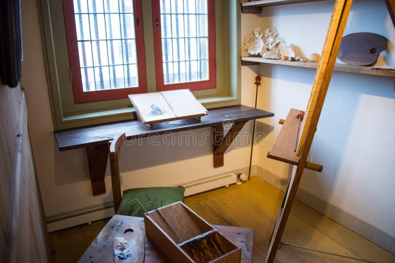A oficina no museu de Rembrandt imagem de stock