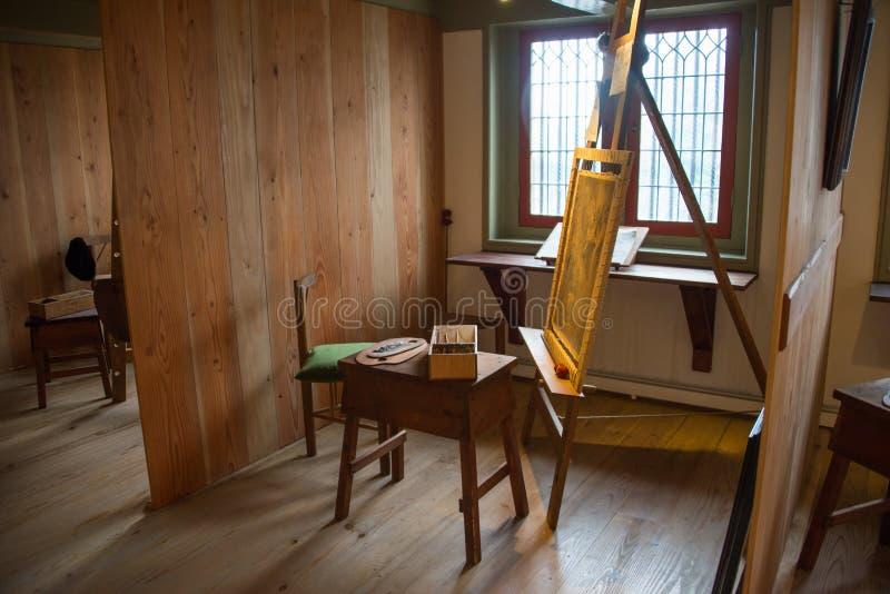 A oficina no museu de Rembrandt fotos de stock