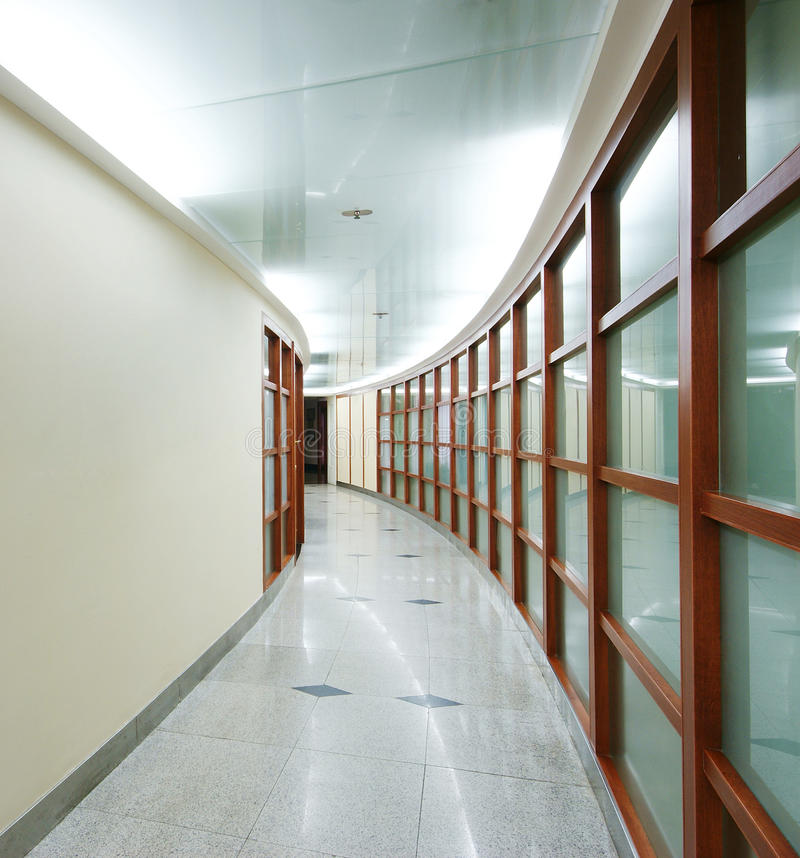 Oficina ordenada de la compañía imágenes de archivo libres de regalías