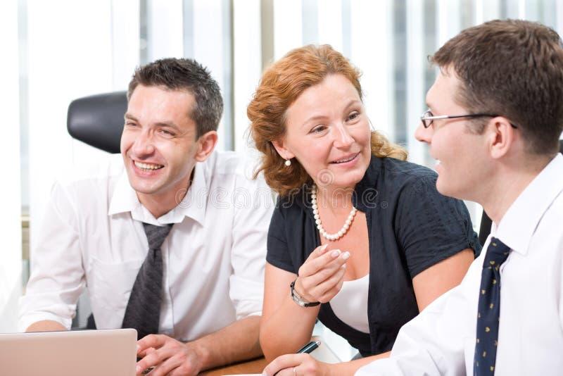 Oficinista verdadero en la reunión imagen de archivo libre de regalías
