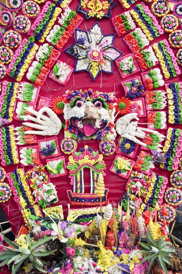 Ofrendas del rezo en Pura Penataran Agung, Bali imagen de archivo libre de regalías