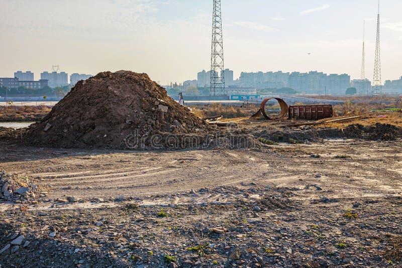 Ofruktbar mark i Ningbo Kina arkivbilder