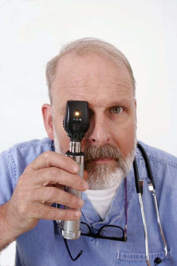 oftalmoskop doktor gospodarstwa obraz royalty free
