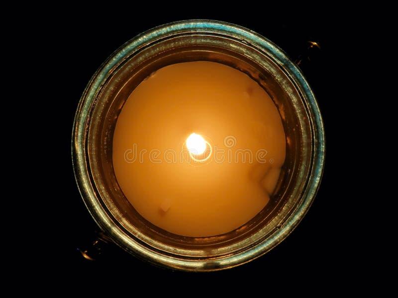 Ofullbordad stearinljus royaltyfri bild