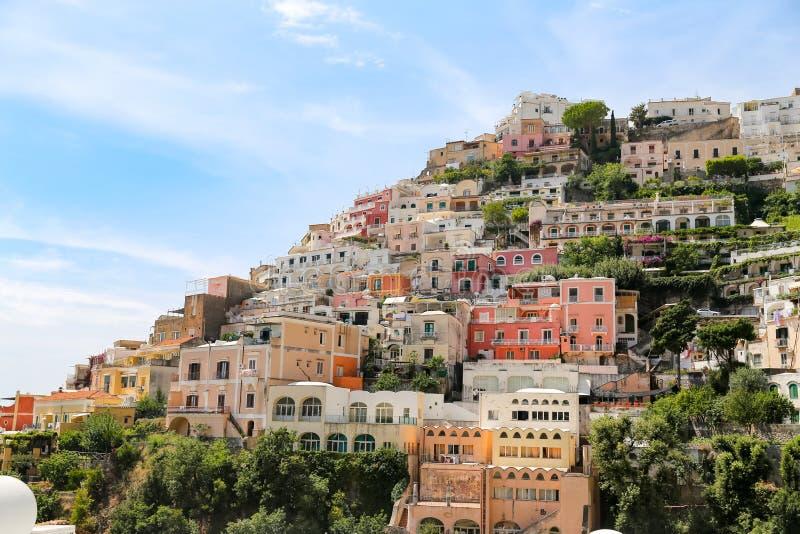 Ogólny widok Positano miasteczko w Naples, Włochy obraz stock