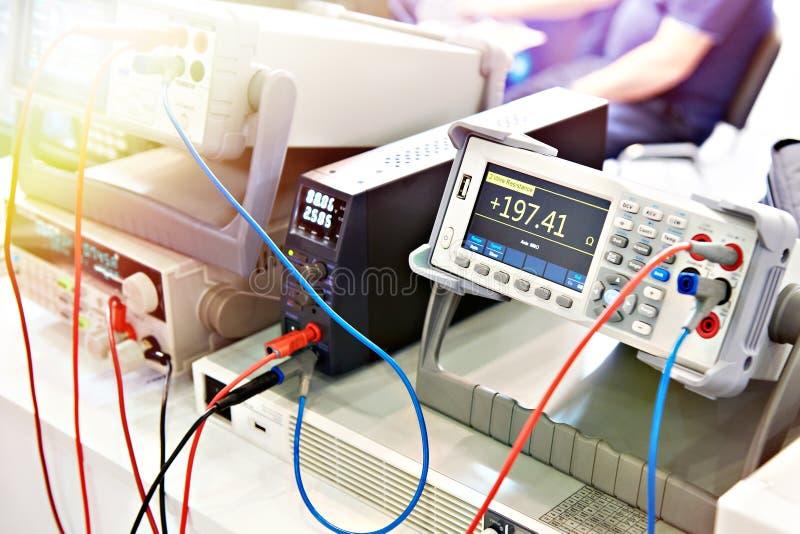 Ogólnoludzki voltmeter zdjęcia stock