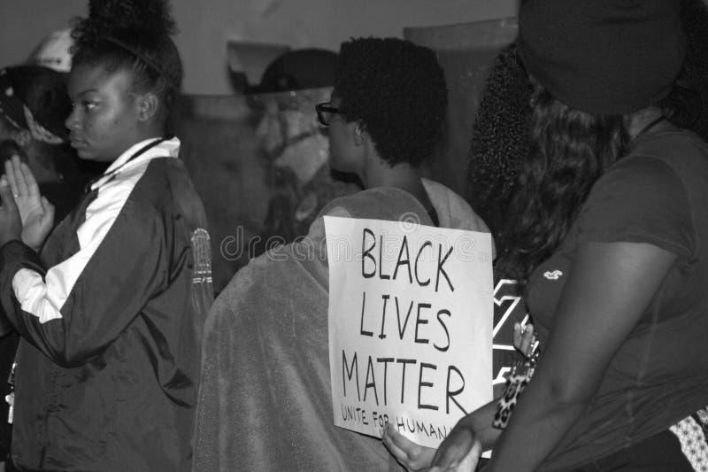 Ogólnonarodowy protest Nad Ferguson wielkiej ławy przysięgłych orzeczeniem obraz royalty free